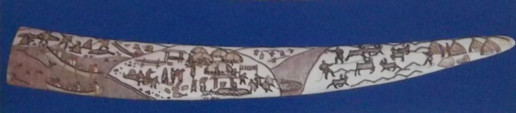 """чукотские косторезы. Елена Янку.""""Обмен между береговыми и тундровыми чукчами""""1956"""