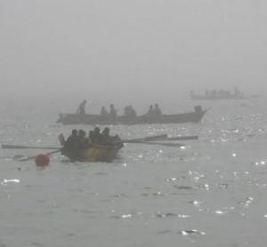 вельботы уходят в море